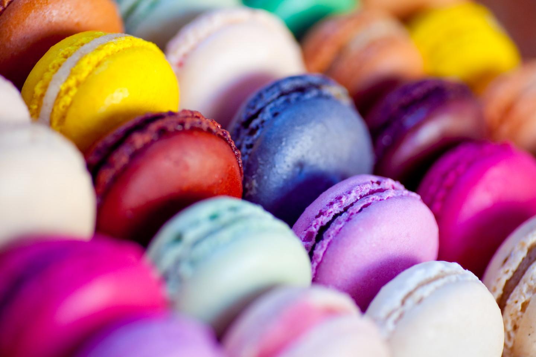 разноцветные десерты